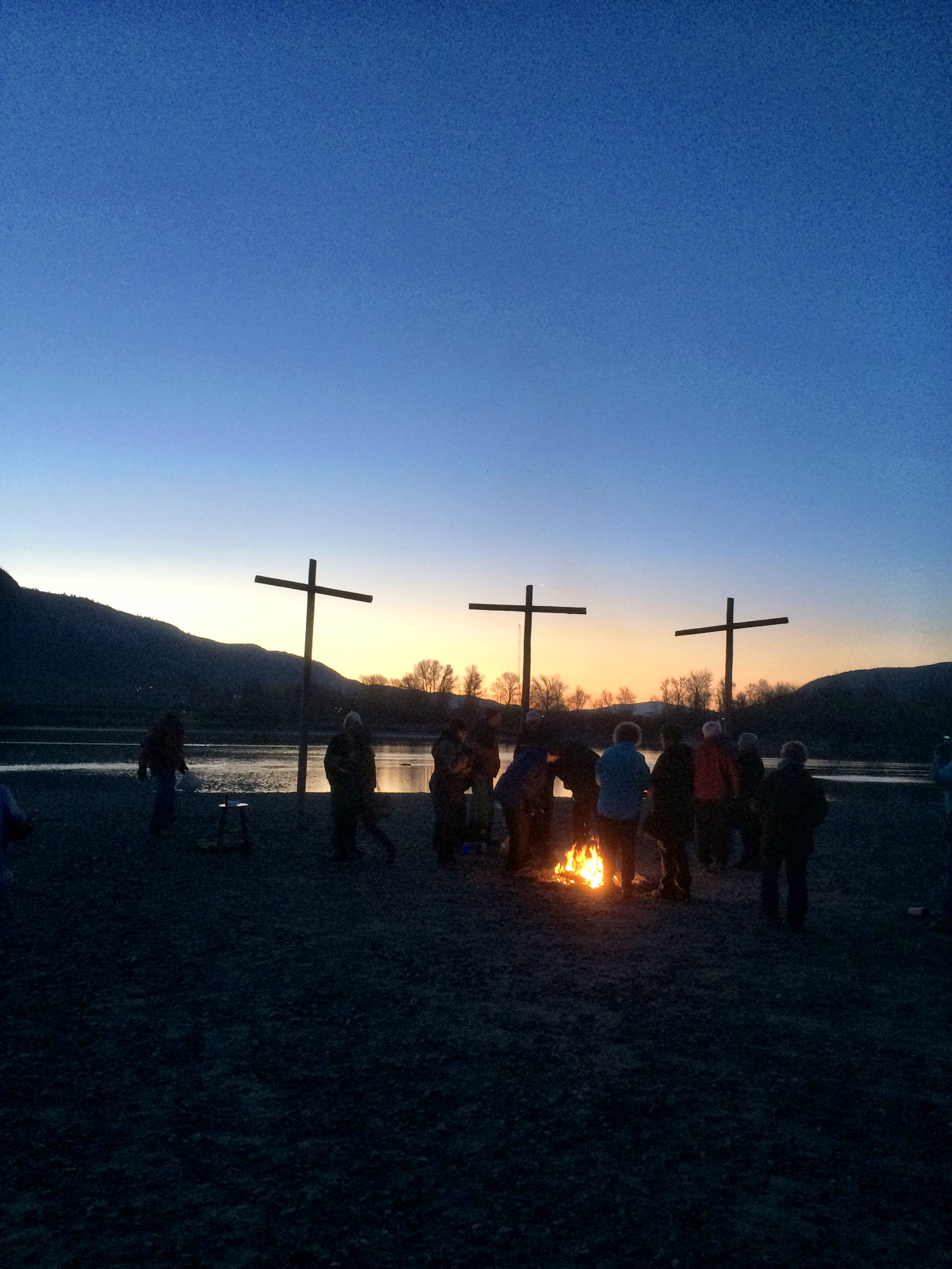 Image of Easter service on the beach