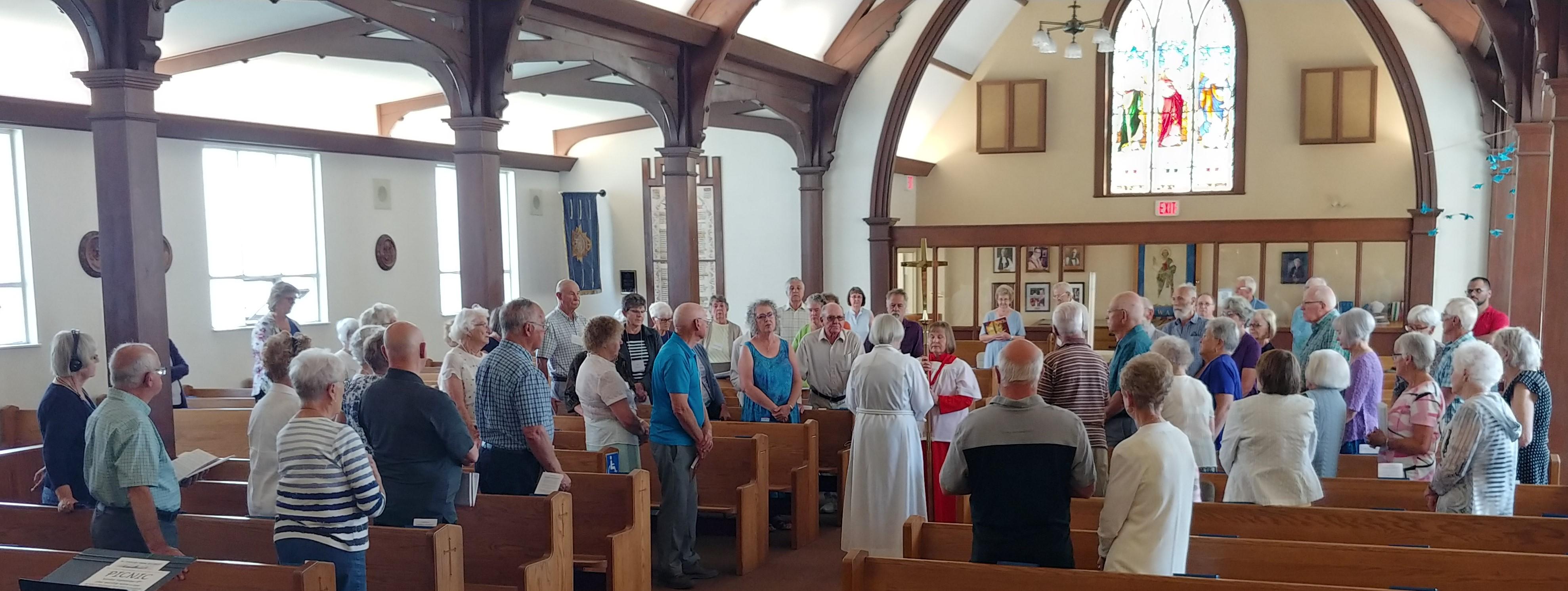 Congregation worshipping.